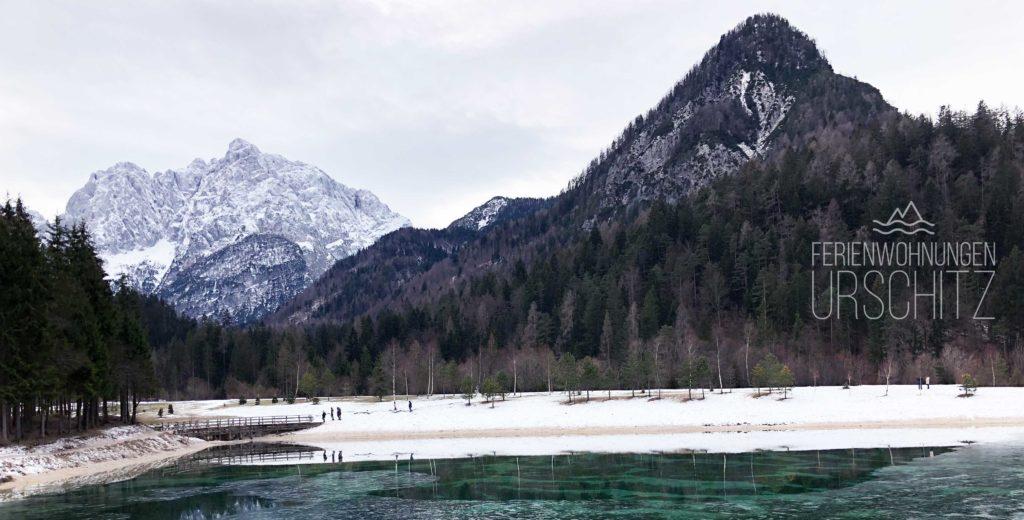 Ausflug zum Jasna See in Kranjska Gora/Slowenien von Villach/Drobollach/Ferienwohnungen Faaker See. Blick in die Julischen Alpen.